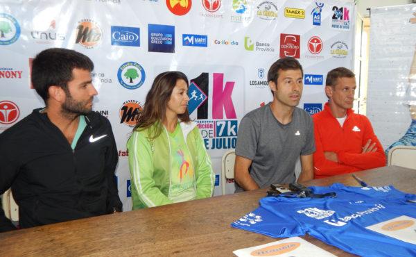 Moreti, Molinari, Ramirez y Benitez dando detalles de la comeptencia