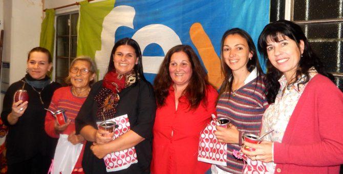 Teresita Disavia junto a Julia Cingolani, Alicia Buffoni, Daniela Deptris, Roxana Grimaldi y Carina Grignoli