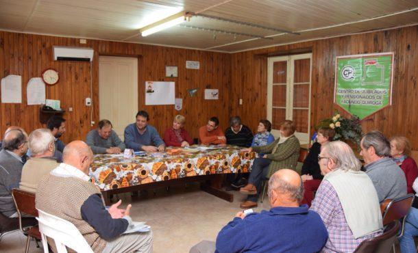 Reunión mantenida con el Centro de Jubilados