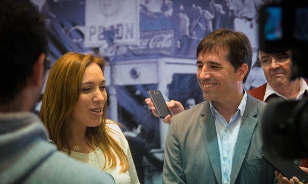 Vidal y Flezas en dialogo con medios de prensa