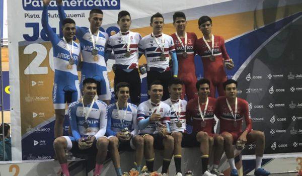 Argentina clasifico segundo en Persecucion por equipos