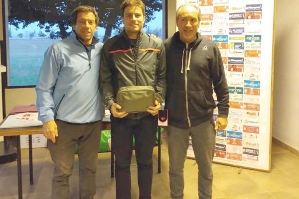 Miguel Sanchluz sigue liderando en General Gross