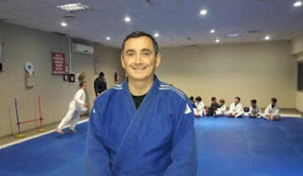 Profeso Santiago Falco