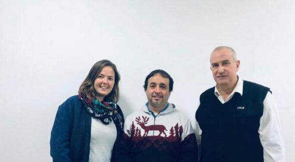 Jorge Carrizo junto a integrantes de la CEyS Mariano Moreno