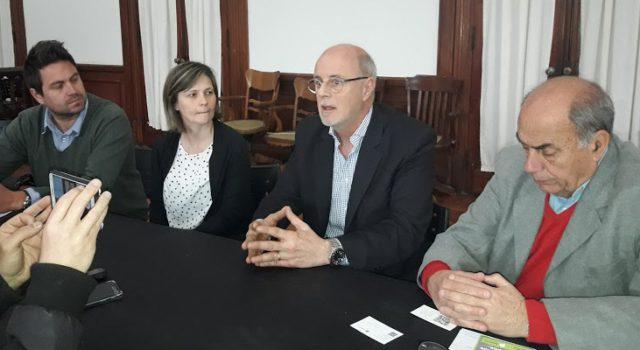 Baglietto, Ferella, Gentile y Seijo en dialogo con la prensa
