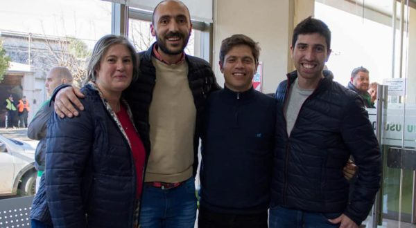 Esteban junto a los concejales Crespo y Parise en el encuentro con Kicillof