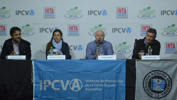 Gaston Abba, Marcela Garnero, Daniel Urcia y Carlos Achiatoni