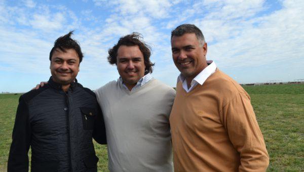 Gaston, Alvaro y Particio Abba son cuarta generacion de productores rurales en el sur cordobes