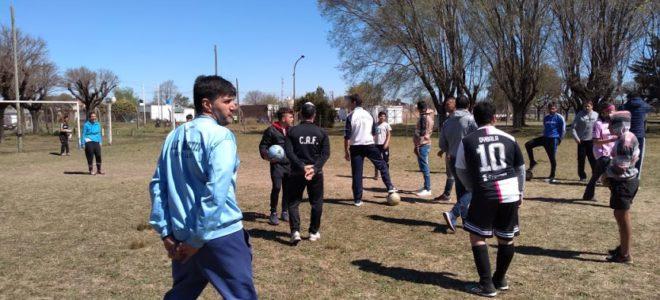 Practica de futbol que se desarrollo en club San Martin