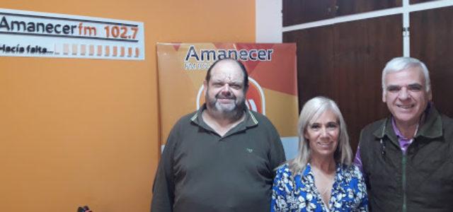 Battistella junto a Rosalia Garcia y Luis Secreto en la emisora radial
