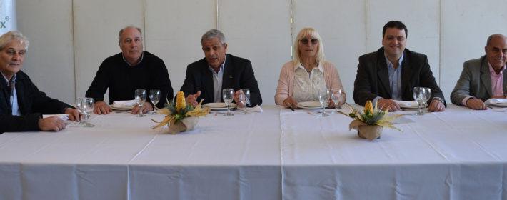 Luis Valinoti, Jorge Masi Elizalde, Fernando Borrachia, Graciela Vadillo, Intendente Barroso y Horacio Baglietto
