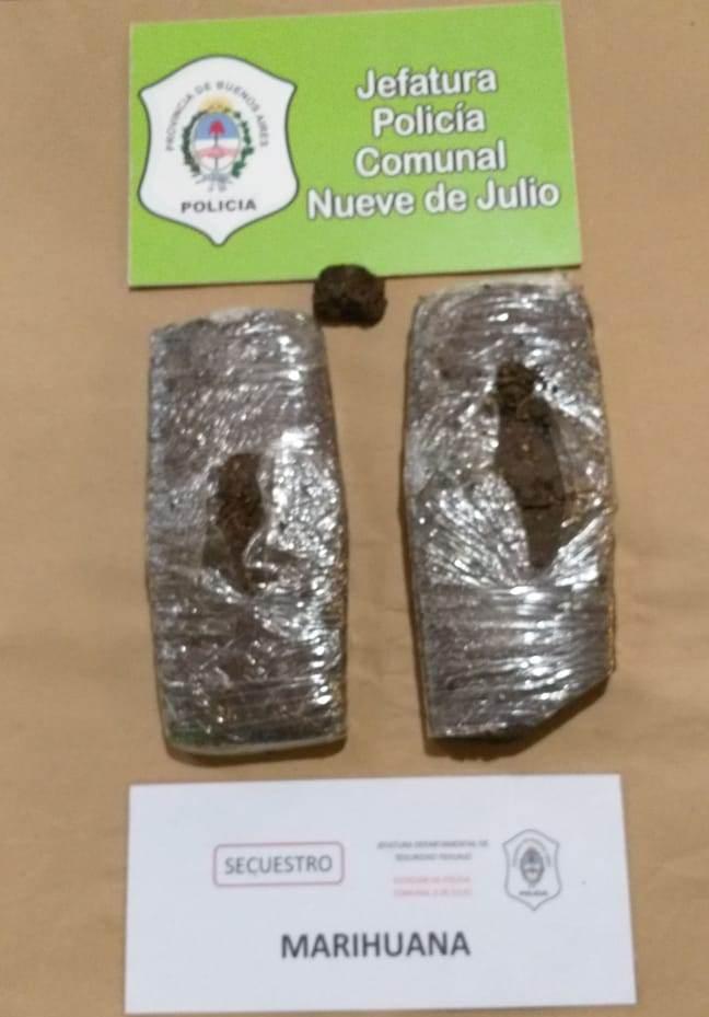 Policía Comunal 9 de Julio secuestro 2 kilos de marihuana compactada que habia llegado a la ciudad