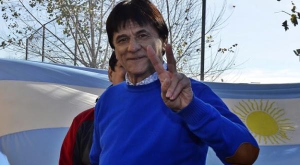 El intendente reelecto de Roque Pérez.