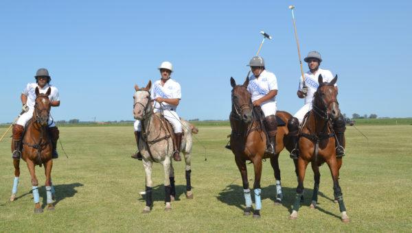 Equipo de La Escondida, que participa del Torneo de Polo en El Bagual