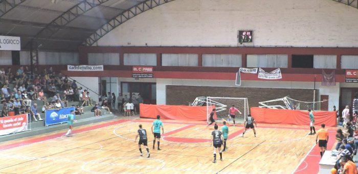 Uno de los partidos de Futsal disputados este lunes