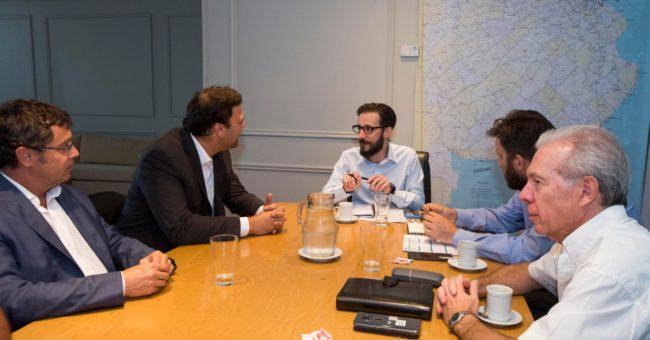 Barroso durante la reunion a la que tambien acudio el Diputado Vivani