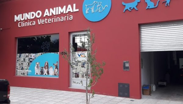 Frente del nuevo local de Veterinaria Mundo Animal