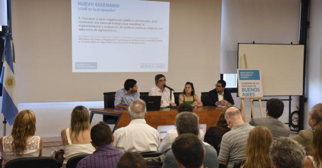 Rodriguez durante su presentación ante tecnicos de Universidades y del INTA