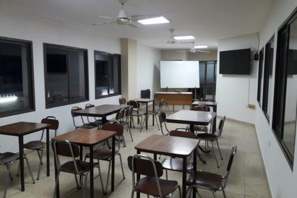 Sala de Reuniones que se dejo en condiciones en Bomberos