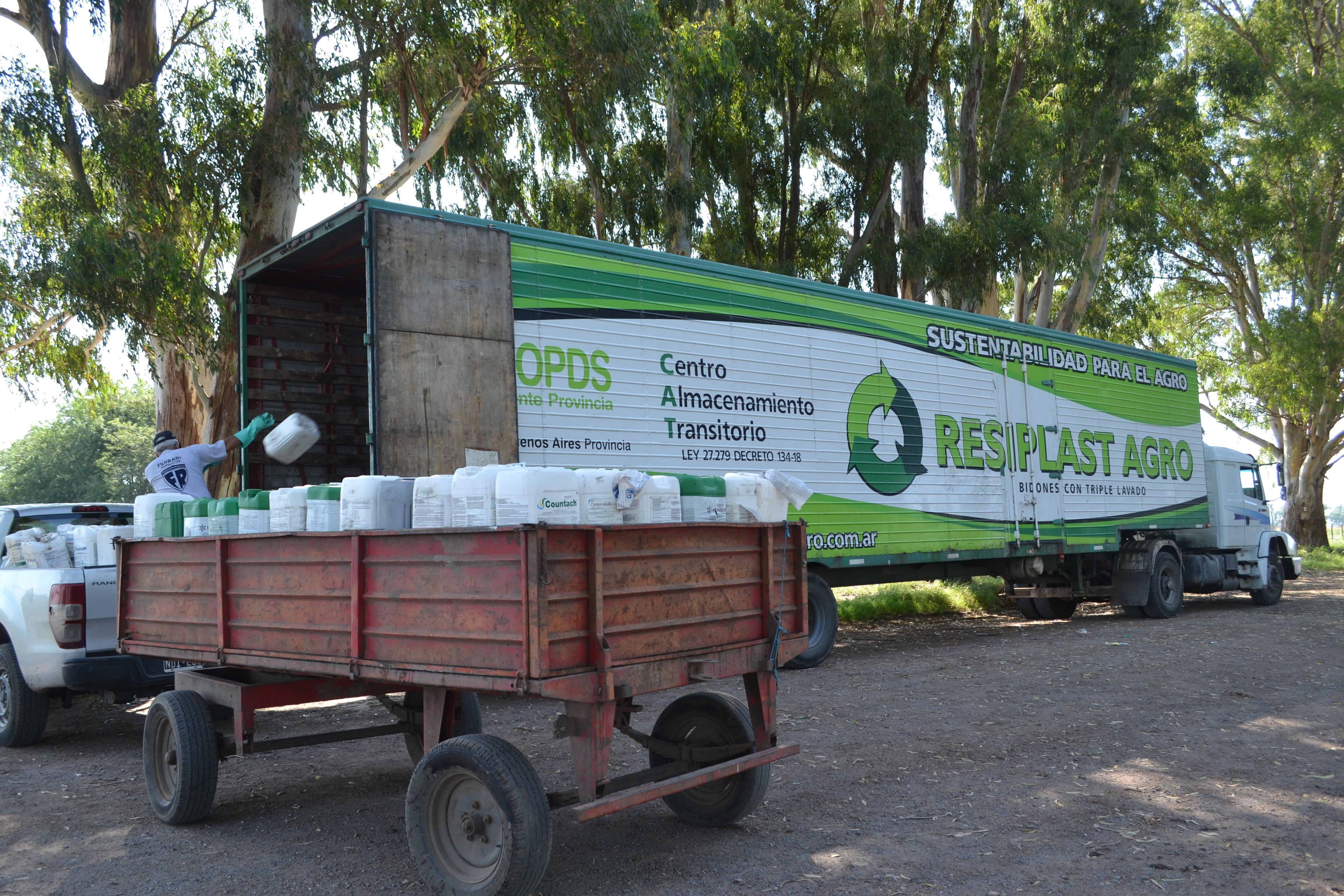 Fitosanitarios: Positiva respuesta de productores a la devolución de envases vacíos en 9 de Julio