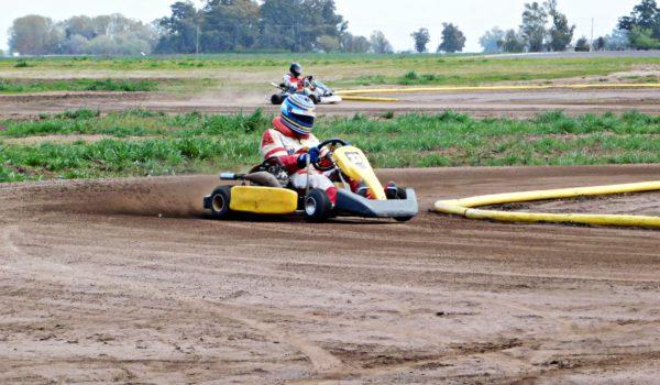 Las pruebas se realizaron sabado y domingo en turnos de 10 karting