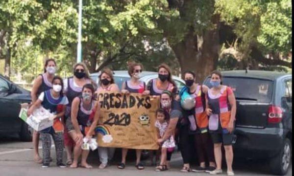 Grupo de docentes y alumnos de Pibelandia