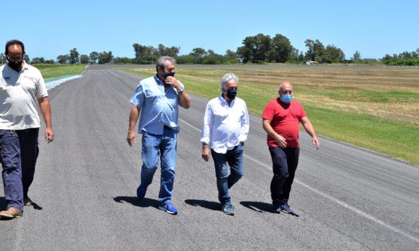 Boufflet, Anselmo, Bogiovani y Banchero recorriendo distintos puntos de la pista