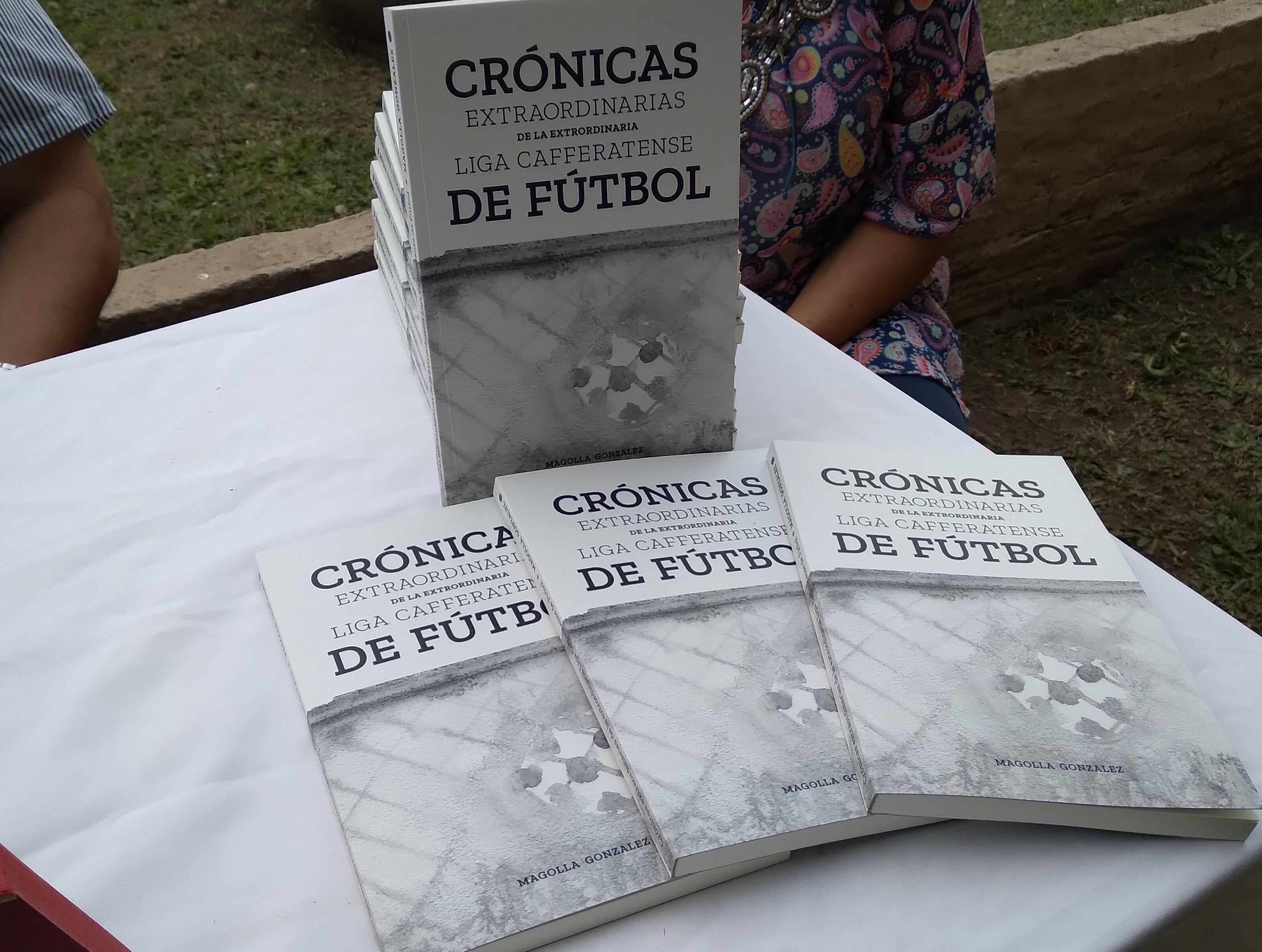 En Agustín Álvarez: Presentaron un destacado libro con cuentos del futbol