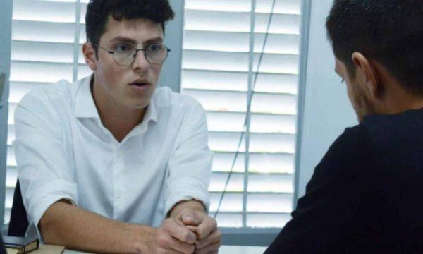 Alonso, jefe de la oficina PAMI, en el ojo de la tormenta