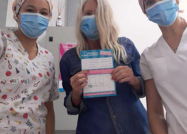 Pianetti luego de vacunarse en el Hospital, en los primeros dias de febrero