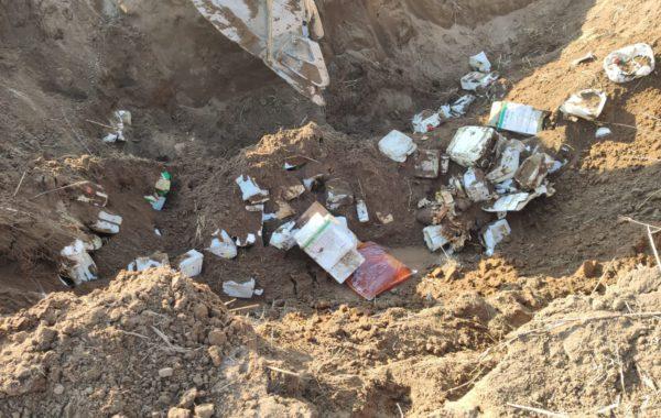 bidones enterrados